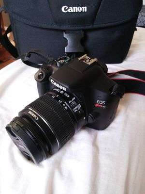 Canon DSLR Rebel T6 Camera Body with 18-55mm Stock Lens, bag, charger and battery FIRM PRICE for Sale in Anaheim, CA