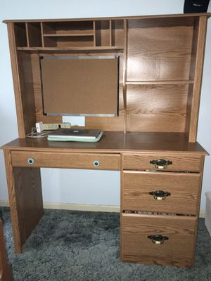 Desk with hutch & drawers for Sale in Goshen, IN