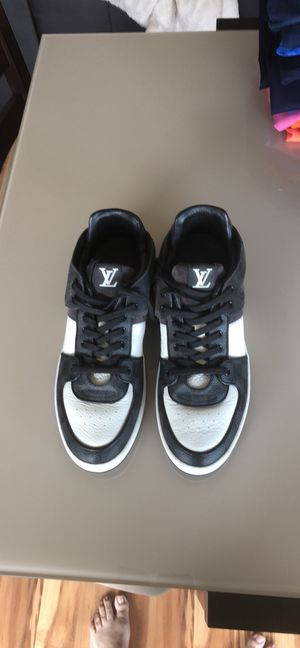 Authentic Louis Vuitton black-and-white demier sneakers men's size 8. for Sale in Tampa, FL