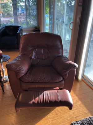 Living room couch, loveseat, and recliner for Sale in Byron, CA