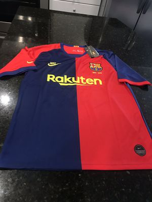 Limited edition puyol #5 for Sale in Herndon, VA