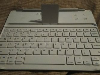 iPad Bluetooth Keyboard for Sale in Santa Ana,  CA