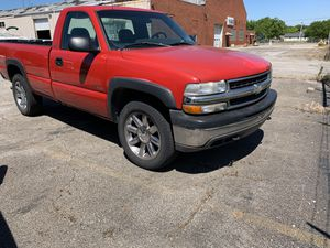 2001 Chevy 1500 4x4 92,000 miles for Sale in Lorain, OH