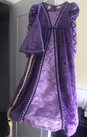 Halloween costume 6x Rapunzel with braid cap for Sale in Schaumburg, IL