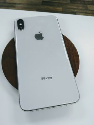 Apple iPhone X Unlocked for all carriers for Sale in Everett, WA