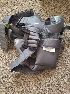 Baby carrier for Sale in Orem, UT