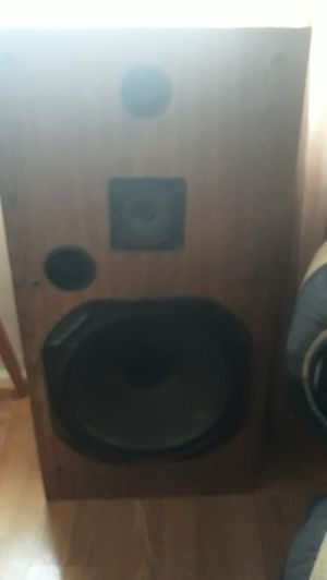 Vintage 15in Fisher house speakers for Sale in St. Louis, MO