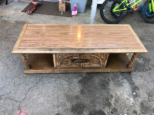 Coffee table for Sale in Willows, CA