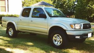Has brand new tires Price800$ Toyota Tacoma TRD for Sale in Arvada, CO
