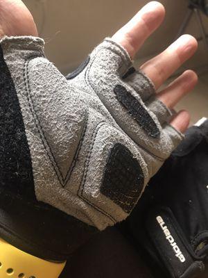 Giordana Strada Gel biking gloves size small/medium $20 excellent condition (Originally $30) for Sale in Miami Lakes, FL