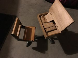 Molly's desk retired for Sale in Wenatchee, WA
