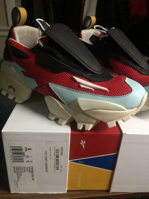 Pyer Moss Trail Fury Sz 8 for Sale in Fort Washington, MD