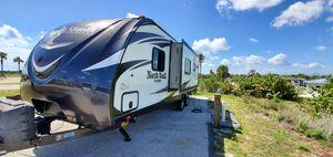 2016 Heartland Northtrail Travel Trailer for Sale in Miami, FL