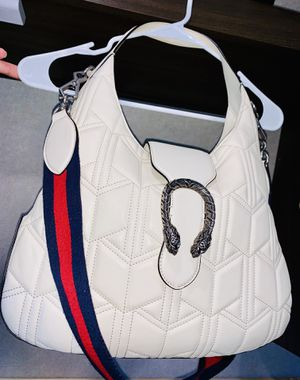GUCCI Dionysus Shoulder Bag for Sale in Seattle, WA