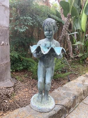 Outdoor water fountain decor for Sale in Poway, CA