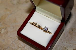 Tiffany Style Engagement ring & Wedding Band for Sale in Powell, OH