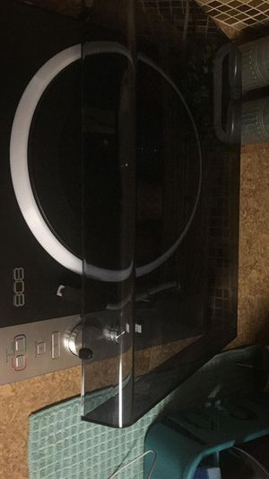 808 Bluetooth turntable for Sale in Austin, TX