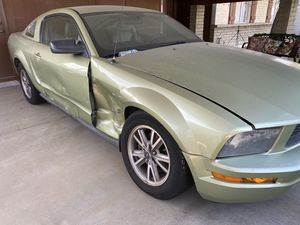 2005 Ford Mustang ***Selling as is*** for Sale in Phoenix, AZ
