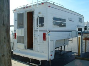 Seiko Scorpion Truck Camper for Sale in Rolling Meadows, IL