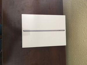 Apple iPad 128gb 6th Generation WiFi for Sale in Gulfport, MS
