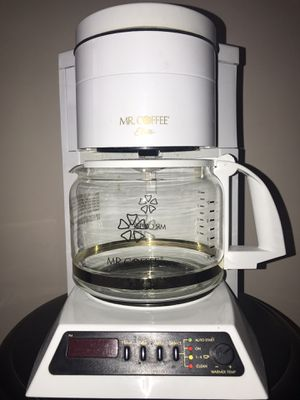 Mr Coffee Elite 10 cup programmable coffee maker for Sale in Mount Laurel Township, NJ
