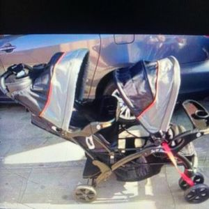 Double Strollers Good Condition for Sale in Los Angeles, CA