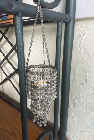 "Chandelier & Small Flameless Candle 13"" Petite Silver Tone Beaded Vintage for Sale in Delray Beach, FL"