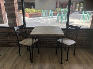 Tables and chairs for Sale in Plant City, FL