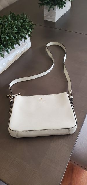 Kate spade crossbody for Sale in Seffner, FL