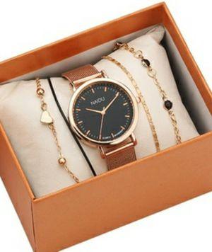 (Shipped Only) Rose Gold Mesh Steel Strap Waterproof Quartz Watch W/ Lucky Bracelets for Sale in Wichita, KS