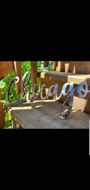 Chicago 18 Inch Wooden Sign with Skyline Overlay for Sale in Lincolnwood, IL