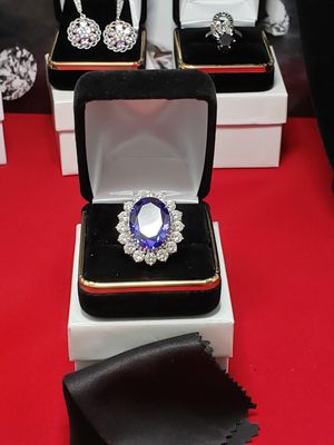 Solid silver Tanzanite topaz set in solid silver sz 7 for Sale in Meriden, CT