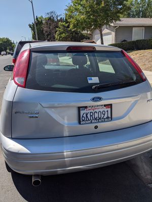 Ford focus 2006 for Sale in Los Angeles, CA