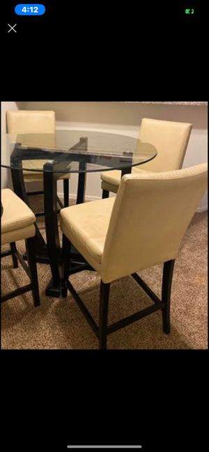 Glass dining table for 4 for Sale in Mesa, AZ