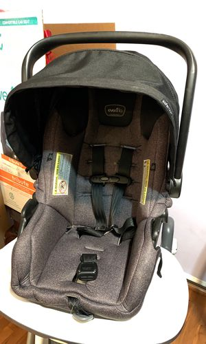 Evenflo car seat for Sale in Chillum, MD