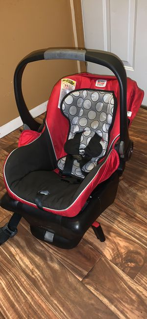 Britax car seat for Sale in Middlebury, IN