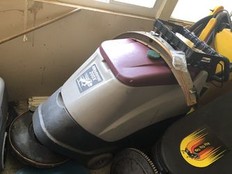 Commercial Floor scrubber for Sale in Silver Spring,  MD