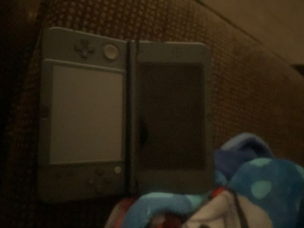 Slightly used Nintendo 3ds xl