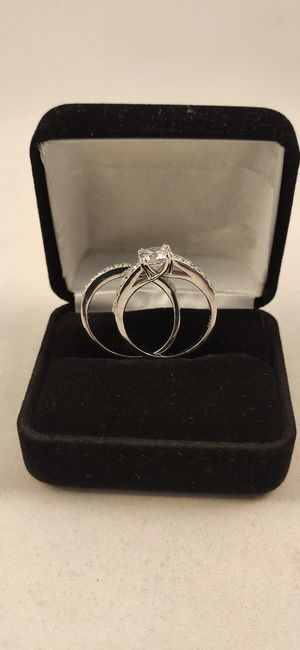 New with tag Solid 925 Sterling Silver ENGAGEMENT WEDDING Ring Set size 8 $125 set OR BEST OFFER ** WE SHIP!!📦📫** for Sale in Phoenix, AZ