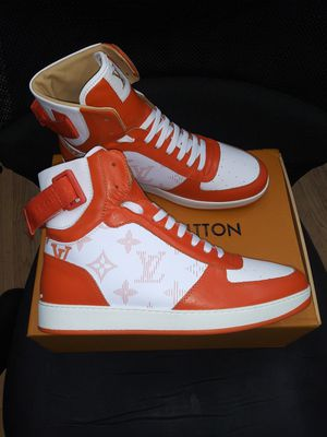 Louis vuitton sneakers size 10 for Sale in New York, NY