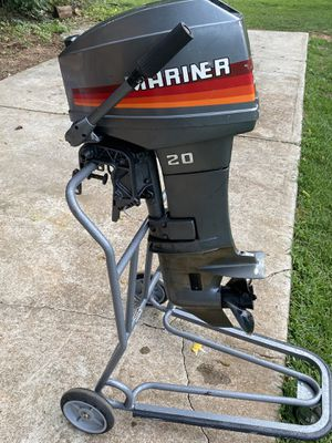 Mariner 20hp gas motor. Can be used for a small fishing/John boat. 1200.00 obo for Sale in Charlotte, NC