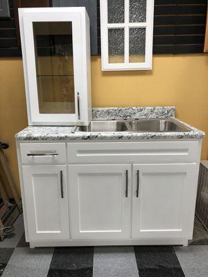 Kitchen cabinets for Sale in Montebello, CA