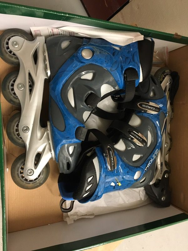Women's rollerblades - barely used!
