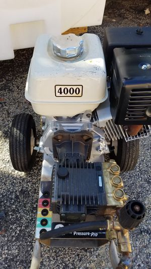 4000 PSI HONDA PRESSURE WASHER WITH NEW GENERAL PUMP WORKING PERFECT for Sale in Coconut Creek, FL