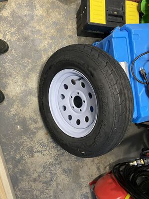 Brand new trailer tire and rim. 5 lug 205/75/15 for Sale in Tarpon Springs, FL