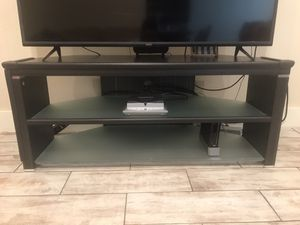 PENDING PICK UP: TV Stand for Sale in Pea Ridge, AR
