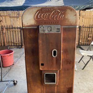Vendo 80 Coke Machine for Sale in Montebello, CA