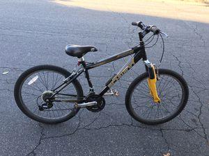 Schwinn Traverse 24 Inch Bicycle (21 speed bike) for Sale in Henrico, VA