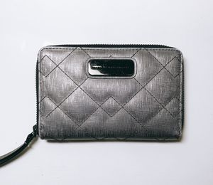 Marc Jacobs Wristlet Wallet for Sale in Chantilly, VA