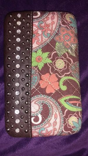 Like NEW-Women's wallet/bill fold. for Sale in Vidor, TX